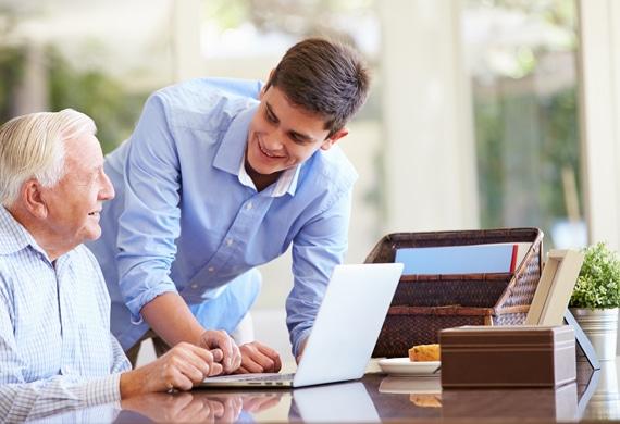 Association d'aide à la personne avec le numérique